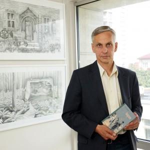 Seimo narys Povilas Urbšys Panevėžio apskrities Gabrielės Petkevičaitės-Bitės viešojoje bibliotekoje